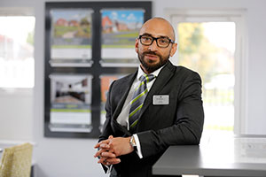 Sanjay, sales advisor at Barratt Homes in Bedfordshire